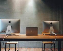2台/3台配置OK!マルチモニター用 幅広パソコンデスク机。ディスプレイ&モニターアームのおすすめ配置/設定も紹介 2020年