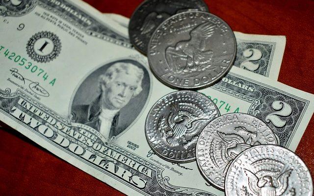 アメリカ出張/旅行に現金はいくら必要か?ドル両替はクレジットカードがあれば少額でOK。両替は最小限に