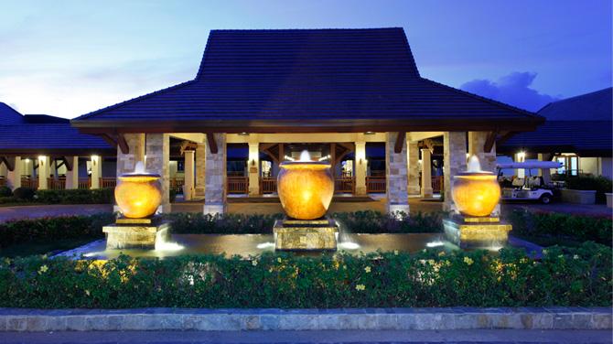 セブ島の五つ星ホテル クリムゾン リゾート アンド スパ マクタン