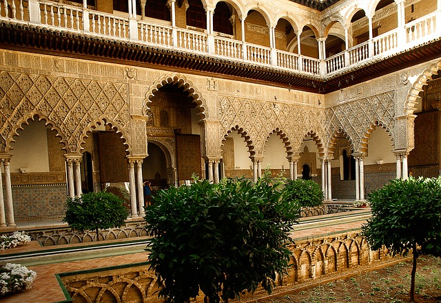 スペインセビリアのアルカサル デ セビリアは観光必須!