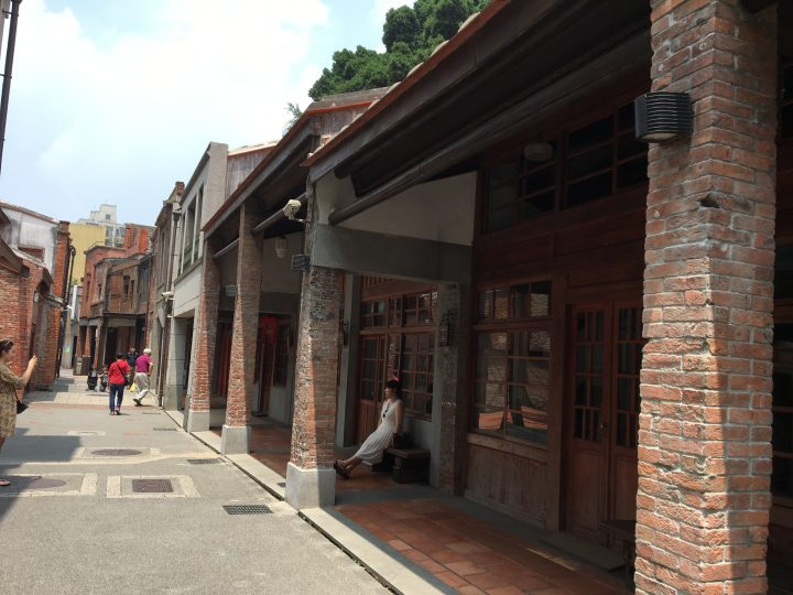 台北龍山寺から徒歩5分!レンガが美しい「剥皮寮歴史地区」