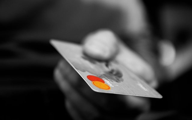 海外旅行で海外キャッシングした方は早期繰上げ返済が必須!放置すると最悪、年利18%×2ヵ月分の利息支払いが必要