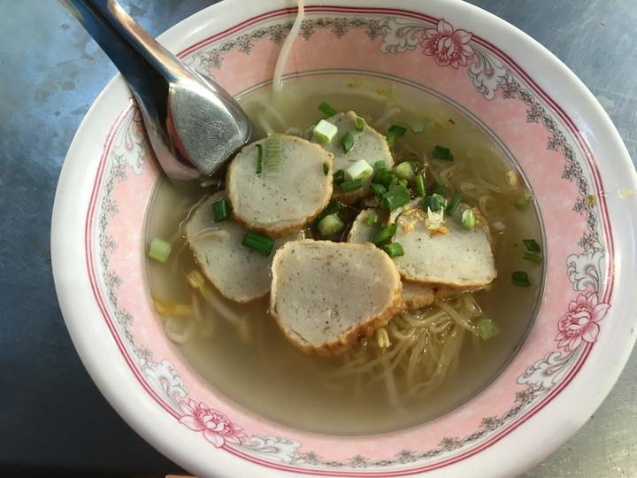 タイ旅行 バンコク屋台ご飯 バミー・ナーム