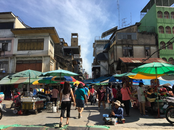 タイ旅行 ヤワラート通り サンペン市場