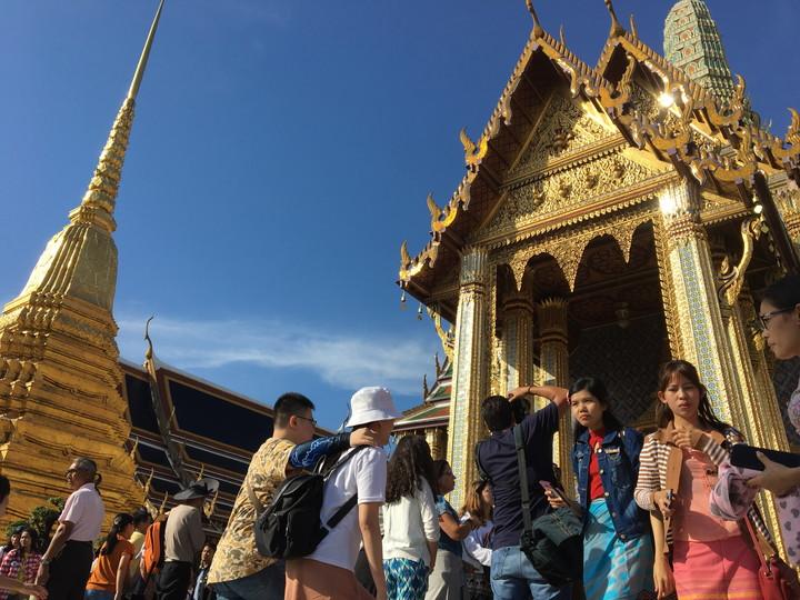 バンコク観光 ワット・プラケオ(エメラルド寺院)
