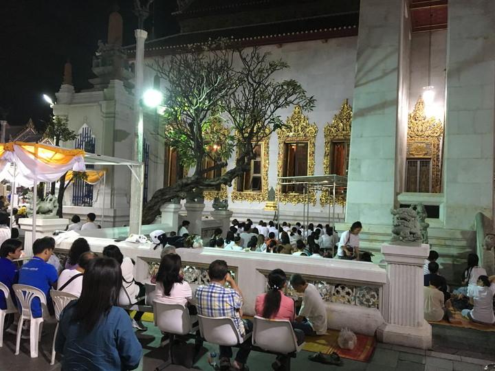 タイ バンコク カオサン通り周辺 ワット・ボウォーンニウェート