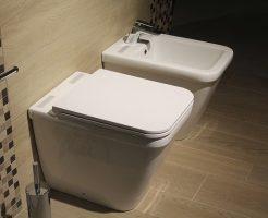 タイ旅行のトイレ事情:バンコク街歩きにはトイレットペーパーを持参せよ/流せる?など使い方を知ろう