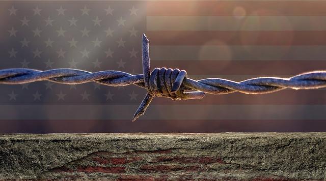 米国とメキシコの間に壁