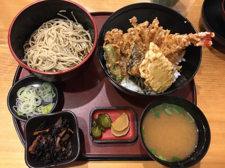 天丼(そば付)セット 1680円