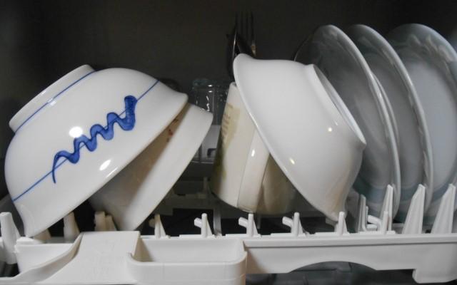 食器の見直し:食洗機向きのお皿選びを